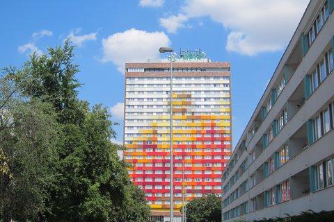 FOTKA - Karlín - sídliště Invalidovna a Hotel Olympik