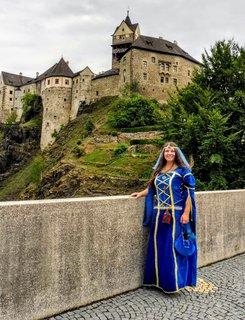 FOTKA - krásná paní z hradu Loket