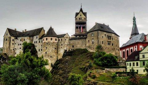 FOTKA - Loket - hrad hradů v ZČ kraji
