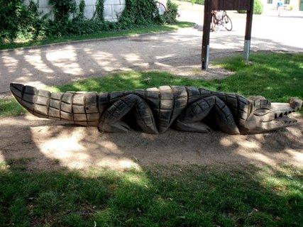 FOTKA - krokodýl dřevěný