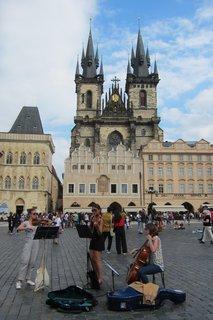FOTKA - Staroměstské náměstí - koncert na hlučném náměstí