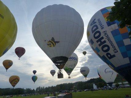 FOTKA - Start 25 balonů