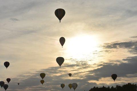 FOTKA - Tři balony nad sebou