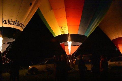 FOTKA - Zajímavý pohled na balony