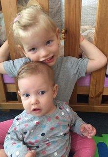FOTKA - Emička a Katrin