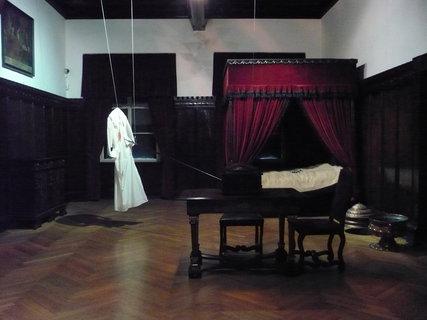 FOTKA - Cheb muzeum uvnitr,zde byl zavrazden Albrecht z Valdstejna ???