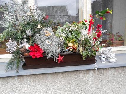 FOTKA - vánoční truhlík