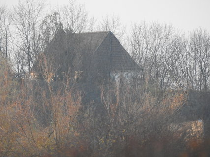 FOTKA - Kostel sv. Marka v Markovicích, je vidět vždy když opadá listí