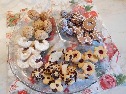 FOTKA - Vánoční cukroví ke kafíčku