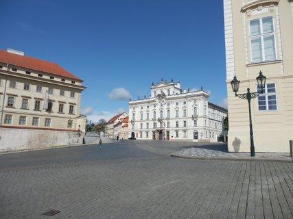 FOTKA - pohled na Arcibiskupský palác, jednu z nejvýznamnějších pozdně barokních staveb Prahy,