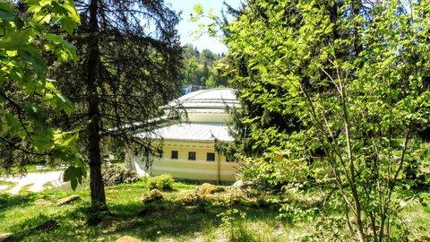 FOTKA - Penzion ukrytý v lese v ML