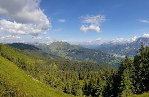 FOTKA - Z Asitzu ke Geierkogelhütte - Pohled do Tirol