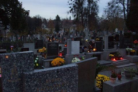FOTKA - Hřbitov v Ostravě-Michálkovicích