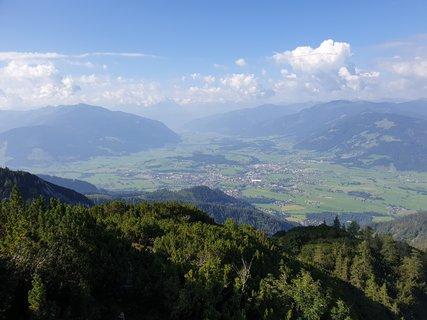 FOTKA - Výšlap na Peter Wiechenthaler Hütte - Pohled na Saalfelden