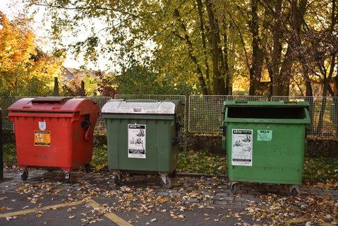 FOTKA - kontajnery na tříděný odpad