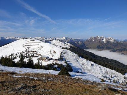 FOTKA - Z Asitzu přes Scharbergkoger k Geierkogel a zpět - Pohled na Wildenkarkogel