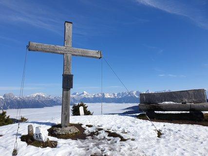 FOTKA - Z Asitzu přes Scharbergkoger k Geierkogel a zpět - Kříž na Scharbergkogelu