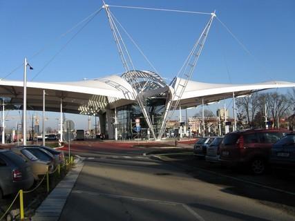 FOTKA - autobus-terminál, říkáme mu ,,Netopýr,,