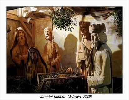 FOTKA -  betlém ostrava - dřevěné sochy