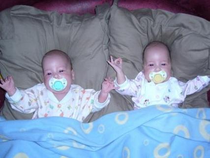 FOTKA - Vnoučátka Eliška a Šarlotka