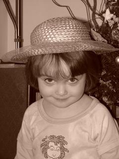 FOTKA - Slečna v kloboučku