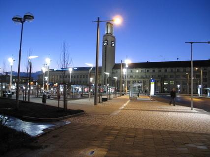 FOTKA - večerní hradecké nádraží