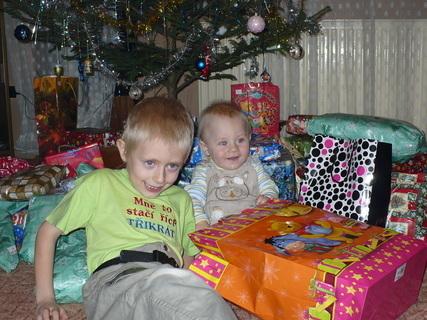FOTKA - kluci a dárečky