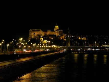 FOTKA - Noční Budapešť
