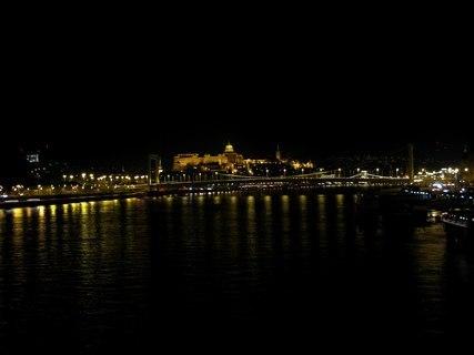 FOTKA - Noční pohled na Budapešť