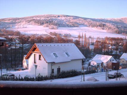 FOTKA - Lednové ráno 2009 pod Ještědským hřebenem.