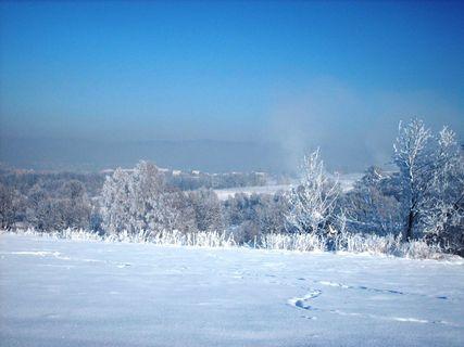 FOTKA - Pohled  z dalky na běžecký areal v Liberci-Vesci /6.1.2009/