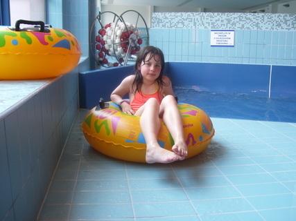 FOTKA - Na bazéně