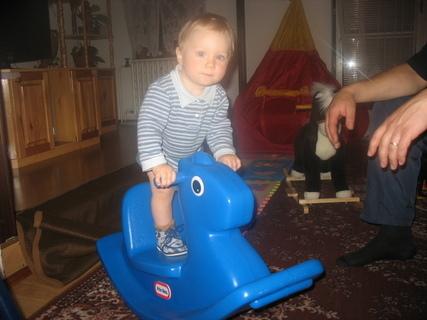 FOTKA - Ondrášek na koníkovi