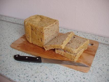 FOTKA - domácí tzv. Pizza chléb - se slaninou (mňam!)