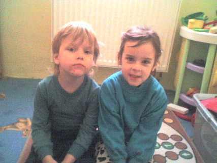 FOTKA - Náš Ondra a neteř Adélka
