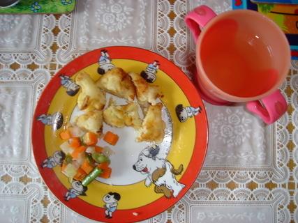 FOTKA - dnešní oběd pro děti  a pro nás-smažený květáček