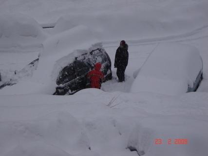 FOTKA - zapadlo nám auto