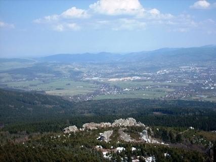 FOTKA - Výhled z Ještědu na Prům.zonu Sever, Jizerské hory- 10.4.2009
