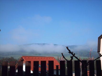 FOTKA - Výhled z okna na  Ještědský hřeben 9.4.2009