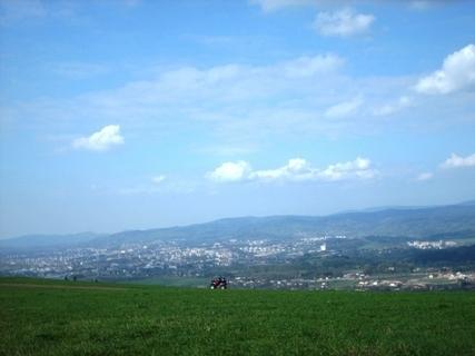 FOTKA - Na Ještědským hřebenu - 19.4.2009,výhled na Liberec