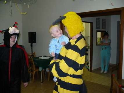 FOTKA - Martínek s včelkou