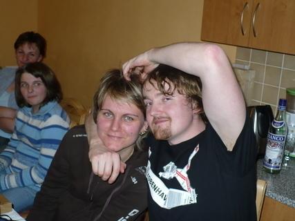 FOTKA - Bratránek se svojí přítelkyní