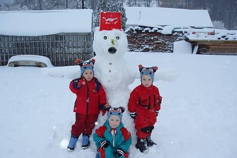 FOTKA - Náš první sněhulák