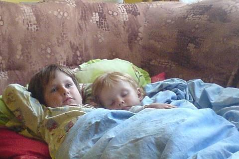FOTKA - děti odpočívají