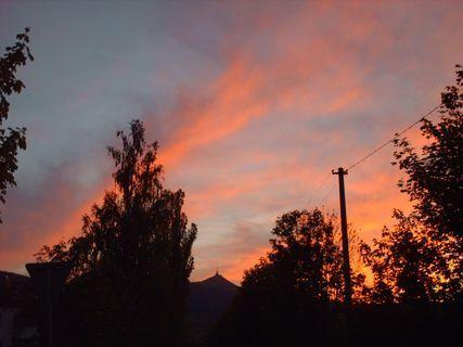 FOTKA - Ještěd a dnešní západ slunce - 12.5.2009