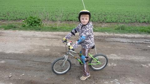 FOTKA - Adámek na kole
