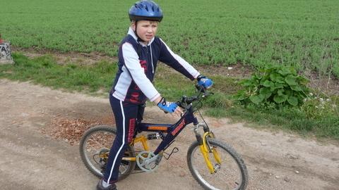 FOTKA - Matěj na kole