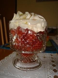 FOTKA - jahodový pohár na den rodin :-)