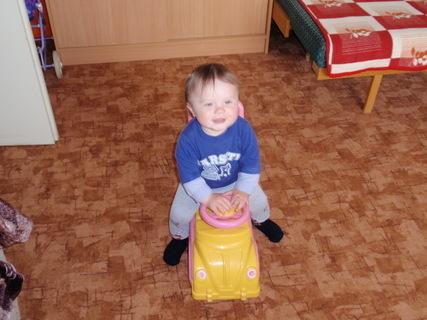FOTKA - Tomášek a autíčko