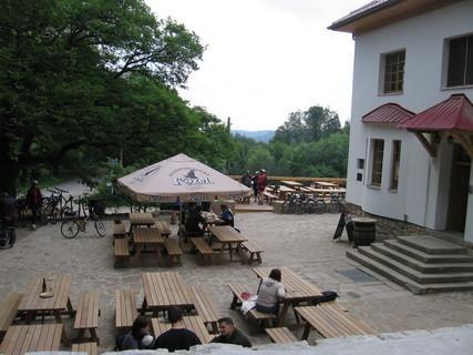 FOTKA - Bunč-nově opravená restaurace